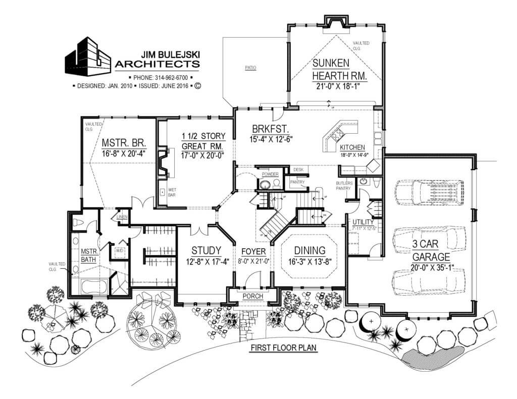 one and a half story floor plan