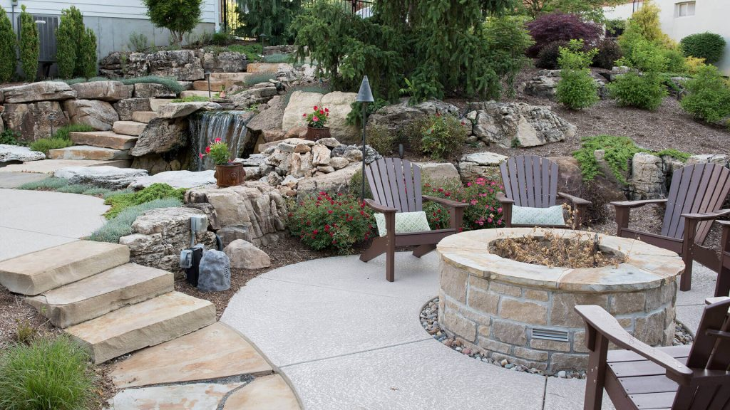Built-in Stone Fire Pit
