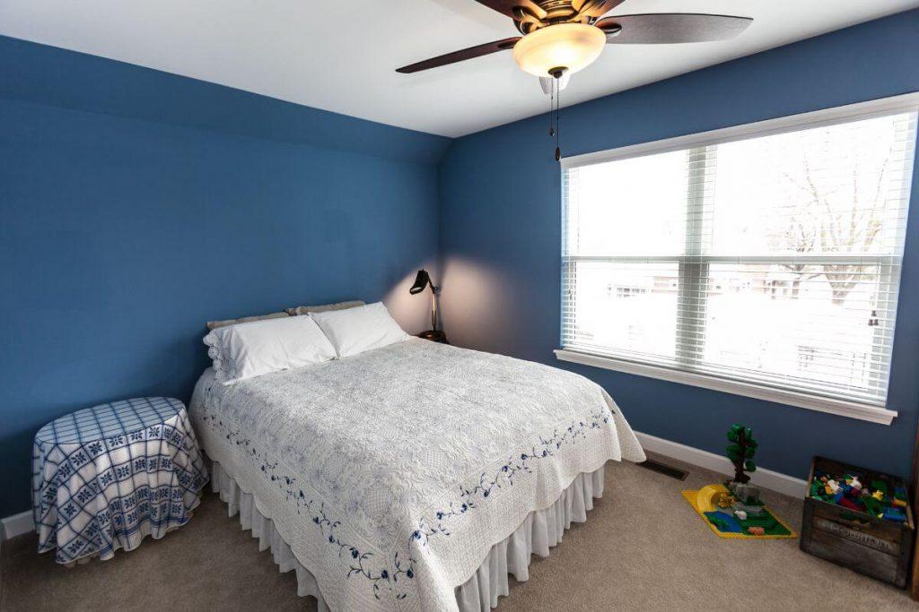 Friz-Guest-Bedroom-2-Creve-Coeur-Custom-Home-Builder